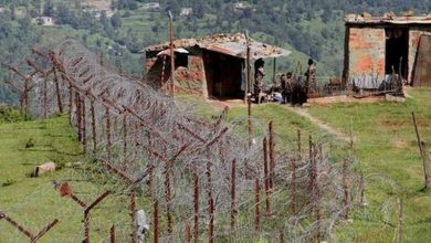 Photo of 2 brave Pakistani soldiers embrace martyrdom in LoC