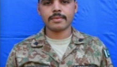 Photo of Soldier martyred along LoC as India continues ceasefire violations
