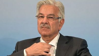 Photo of Court allows Khawaja Asif to be given home-cooked food, other facilities in jail