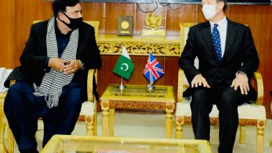 Photo of British High Commissioner calls on Sheikh Rasheed, matters of mutual interest discussed