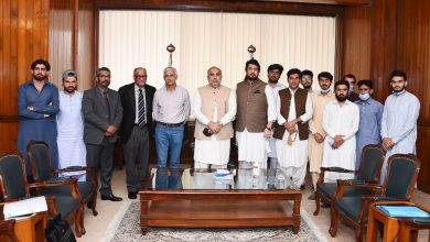 Photo of Balochistan, Fata students end hunger strike after talks with NA Speaker Asad Qaisar