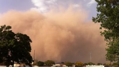 Photo of Four dead as sudden dust storm, gusty winds wreak havoc in Karachi