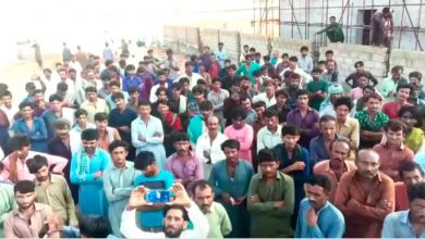 Photo of Workers of Block-1 of Thar Coalfields stage demonstrations against poor safety measures