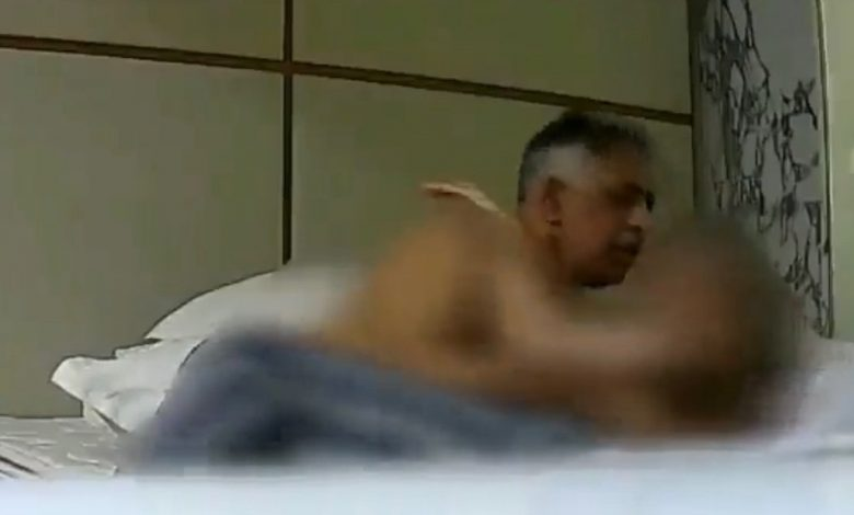 Muhammad Zubair's alleged 'sex video' goes viral - The Pakistan Daily